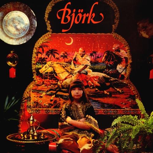 1977 – Björk