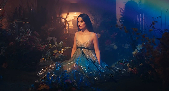 Νέο Music Video | Kacey Musgraves – Rainbow