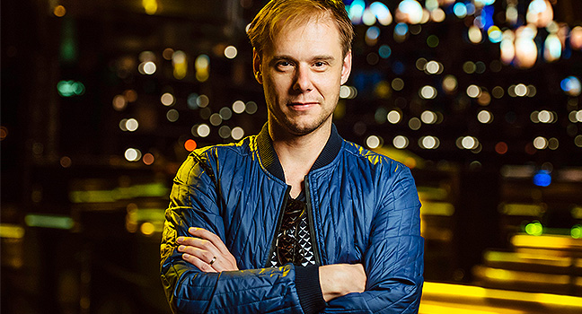 Νέο Τραγούδι | Armin Van Buuren – Turn It Up