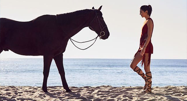 Identify The Song | Ποιο είναι το τραγούδι στην νέα διαφήμιση της Longchamp με την Kendall Jenner;