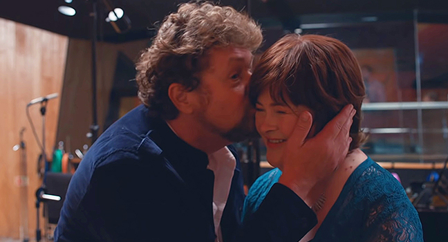 Νέο Music Video | Susan Boyle Feat. Michael Ball – A Million Dreams