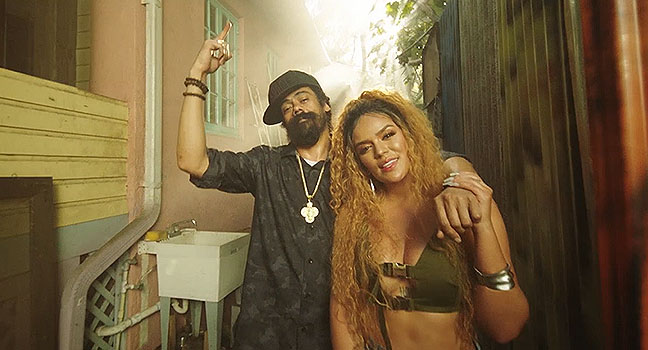 "Νέο Music Video | Karol G & Damian ""Jr. Gong"" Marley – Love With A Quality"