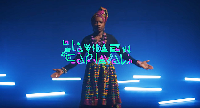 Νέο Remix | Angélique Kidjo – La Vida Es Un Carnaval (Bomba Estéreo Remix)