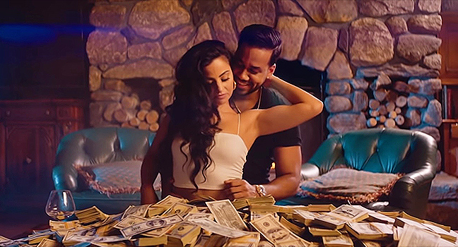 Νέο Music Video | Romeo Santos Feat. Elvis Martinez – Millonario