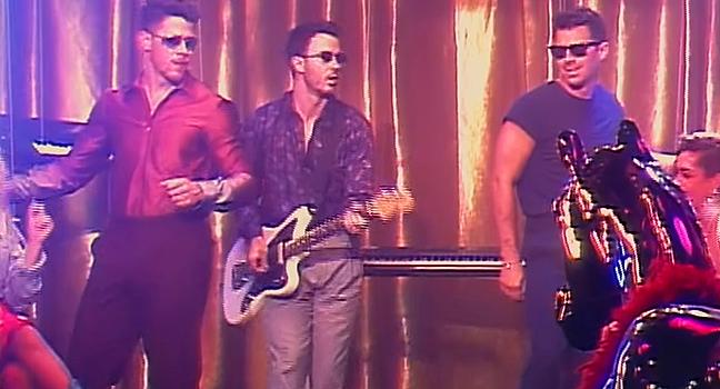Νέο Music Video | Jonas Brothers – Only Human
