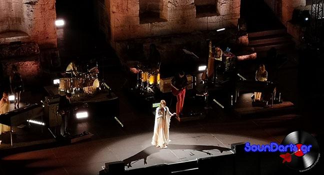 Μία βραδιά μυσταγωγίας από τους Florence + The Machine στο Ηρώδειο