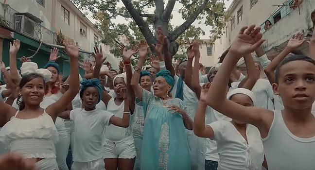 Νέo Τραγούδι & Music Video | Omara Portuondo – Sábanas Blancas
