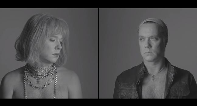 Νέο Music Video   Rufus Wainwright – Trouble In Paradise