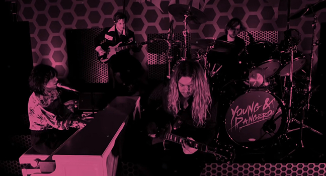 Νέο Cover & Music Video   The Struts – Inside Your Mind