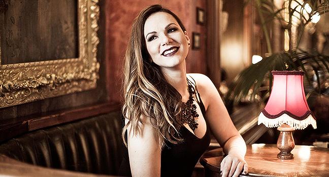 Νέο Τραγούδι | Eva Sakellari – Afraid