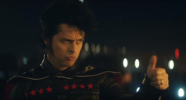 Νέο Music Video | Green Day – Meet Me On The Roof