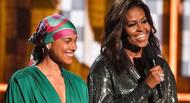 "News | Η Michelle Obama επαινεί την Alicia Keys για το νέο της βιβλίο, ""More Myself"""