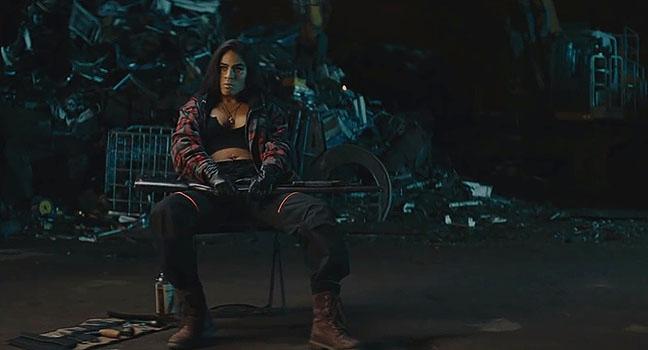 Νέο Music Video   Jessie Reyez – Same Side