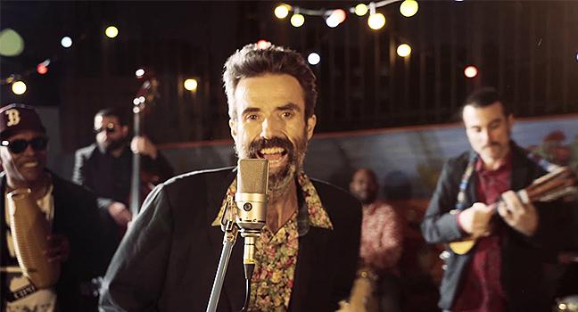 Νέο Music Video | Jarabe De Palo – Eso Que Tú Me Das