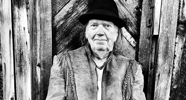 Νέο Τραγούδι | Neil Young – Vacancy